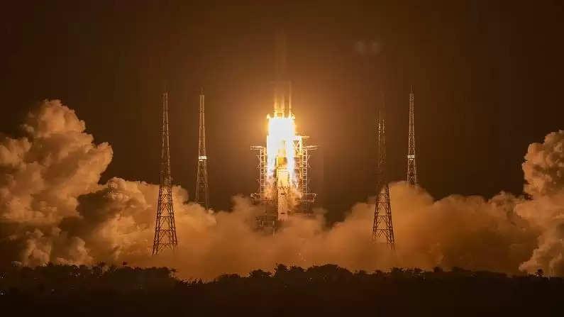 चंद्रमा की चट्टानों से 40 साल बाद धरती पर नमूने लेकर आया चीन