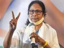 भवानीपुर का दंगल जीती ममता बनर्जी, प्रतिद्वंद्वी को 58 हज़ार वोटो से हराया